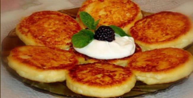 Рецепты сырников 🥝 из чего сделать, как готовить, пошаговое приготовление