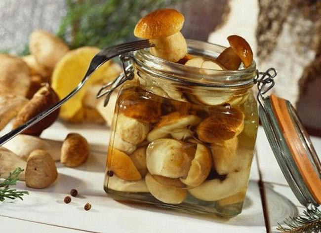 Простой рецепт маринования белых грибов