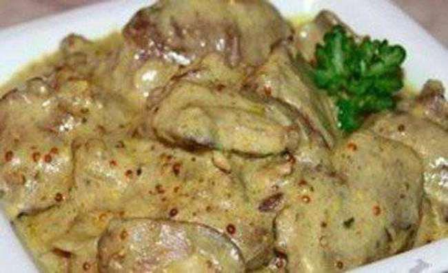 Тушеная куриная печень в сметане рецепт