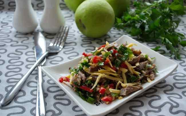 Вкуснейший мясной салат с говядиной - классический рецепт