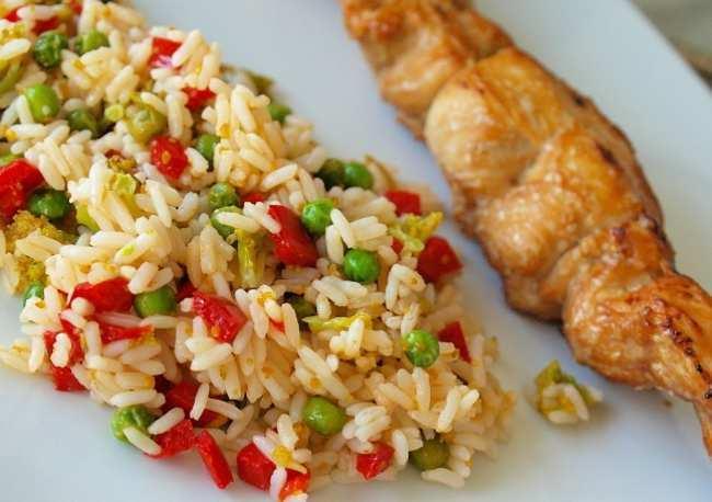 Как быстро и вкусно приготовить рис с овощами