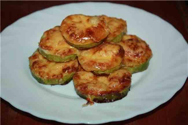 Вкуснейшие кабачки запеченные в духовке с сыром