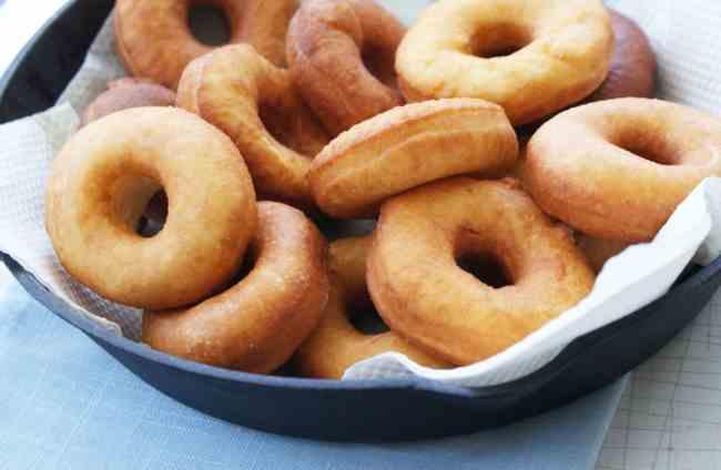 Как приготовить вкусные пончики быстро и легко