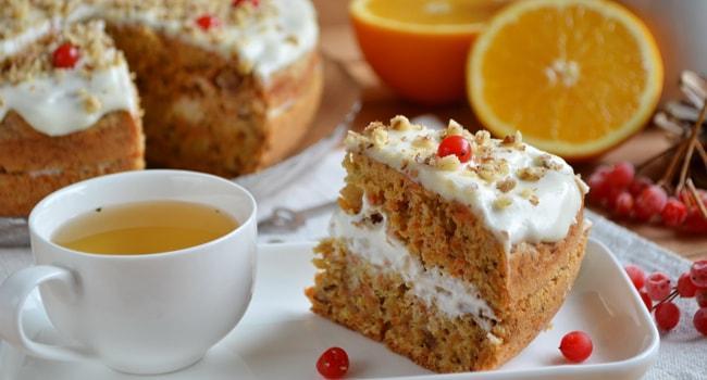 Так выглядит Морковный торт в мультиварке