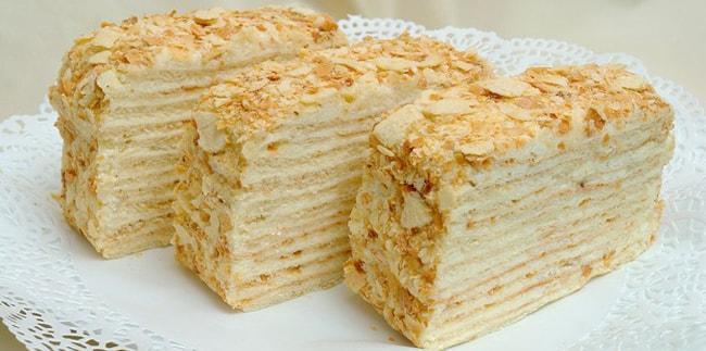 Торт Наполеон кусочками