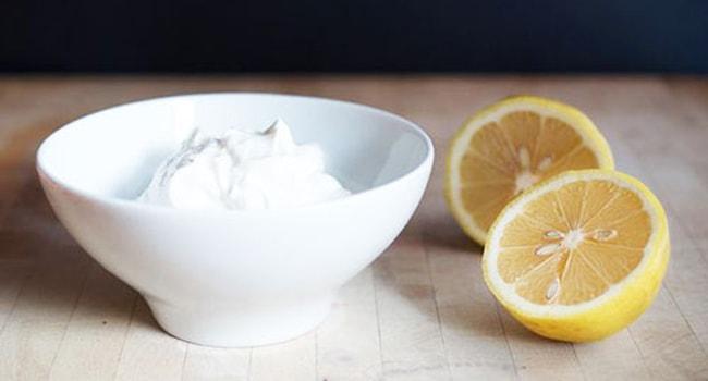 Так выглядит крем из сметаны с лимоном