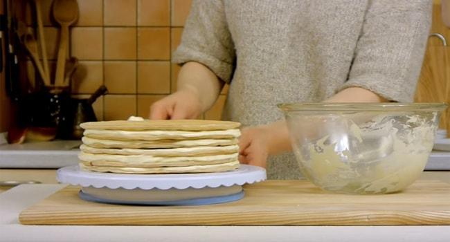 Начинаем формировать торт Эстерхази