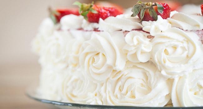 Рецепт крема из Сливок для украшения торта