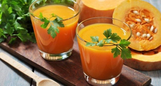 Так выглядит свежевыжатый сок из тыквы