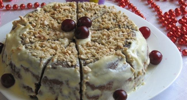 Так выглядит торт Зимняя вишня с бисквитом