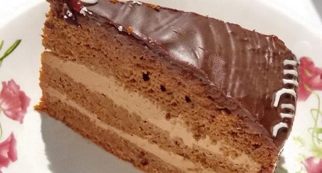 Как приготовить торт из готовых бисквитных коржей со сгущенкой