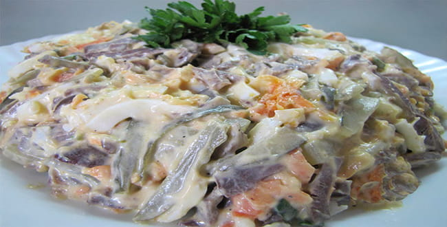Пошаговый рецепт приготовления салата из свиного и говяжьего сердца