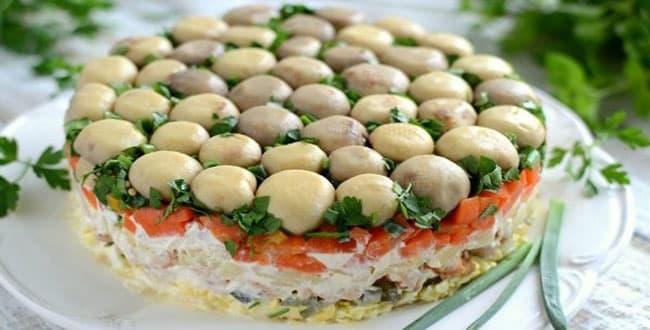 Пошаговый рецепт салата Лесная поляна с фото