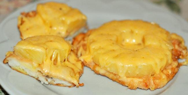 Пошаговый рецепт приготовления куриных отбивных с сыром в духовке