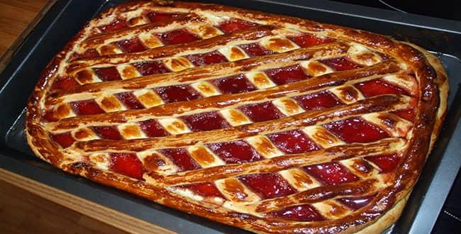 Как приготовить пирог с вареньем в духовке с малиновым вареньем 2