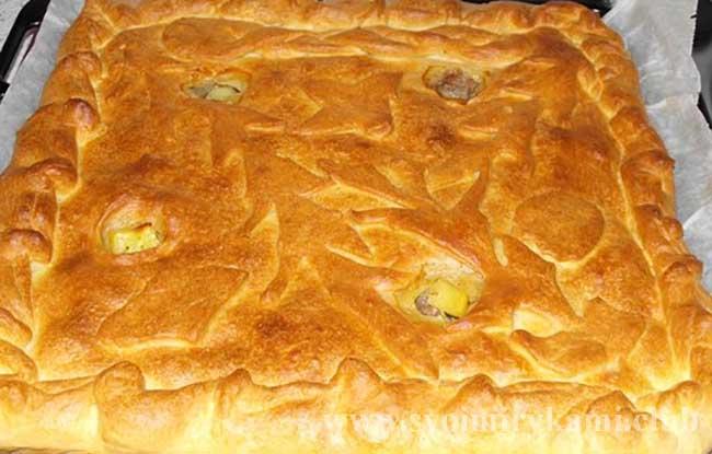 Наслаждаемся вкусным пирогом с курицей и картошкой