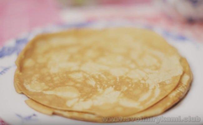 Взгляните, какими аппетитными получаются блины из ржаной муки на молоке.