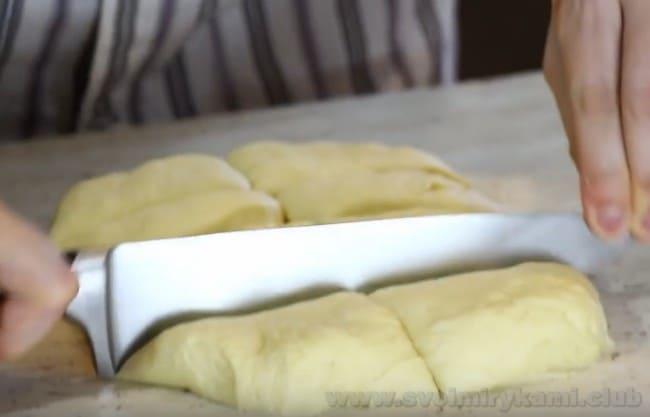 Этот рецепт булочек для бургеров понравится многим, поскольку он очень легкий.