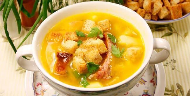 Пошаговый рецепт горохового супа с копченостями в мультиварке с фото