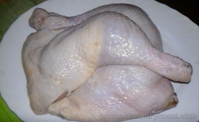 Очень вкусный гороховый суп получается со свежей курицей.
