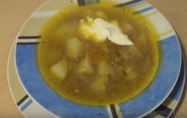 гречневый суп с курицей - это прекрасный рецепт на каждый день.