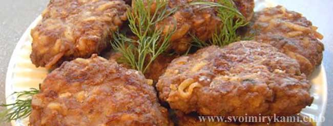 Вкусные картофельные котлеты готовы