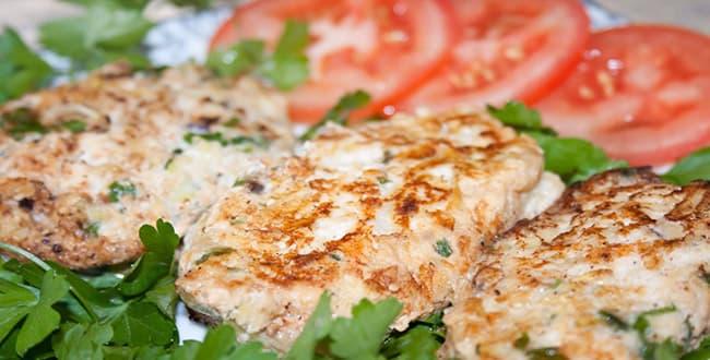 Пошаговый рецепт приготовления куриных котлет с кабачком