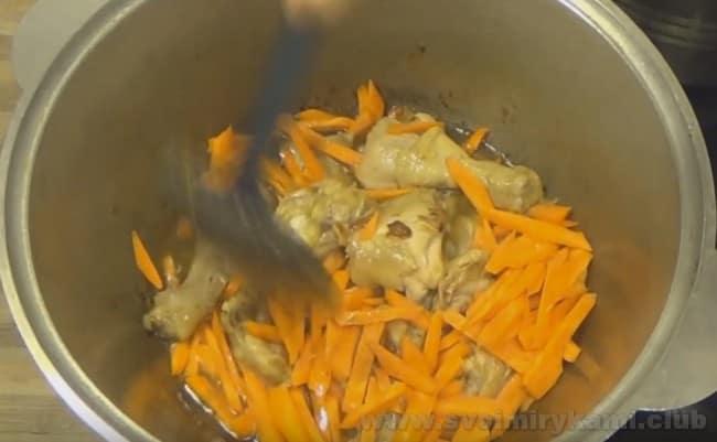 Приготовить куриный лагман можно по нашему простому рецепту.