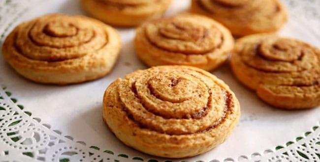 Печенье на кефире в духовке 🥝 быстро и вкусно