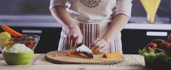 Морковь режим на кубики