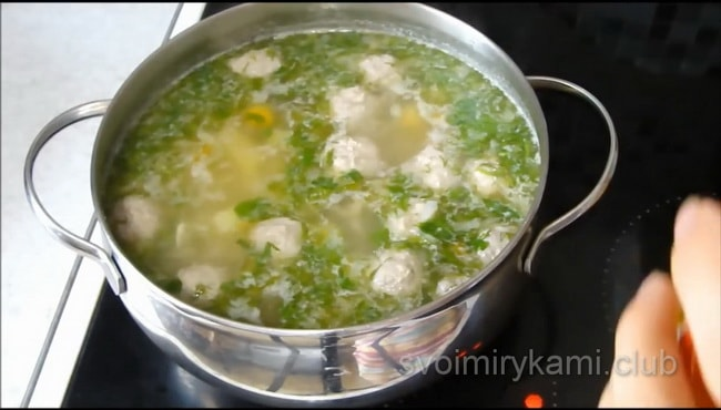 Лучший рецепт супа с фрикадельками и вермишелью.