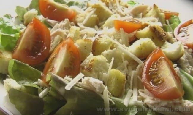 Даже самый простой салат с редиской зарядит вас витаминами.