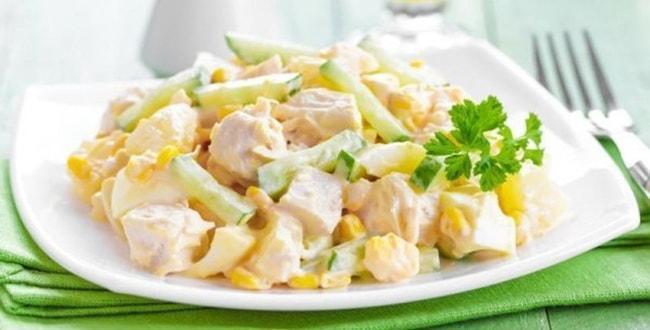 Пошаговые рецепты салатов с курицей и ананасами