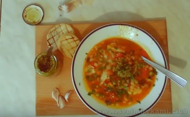 """Итальянский овощной суп """"Минестроне"""" получается очень сытным."""