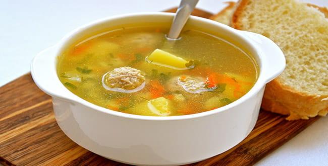 Несколько пошаговых рецептов приготовления супа на курином бульоне