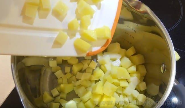 Предлагаем вашему вниманию оригинальный рецепт финского рыбного супа со сливками.