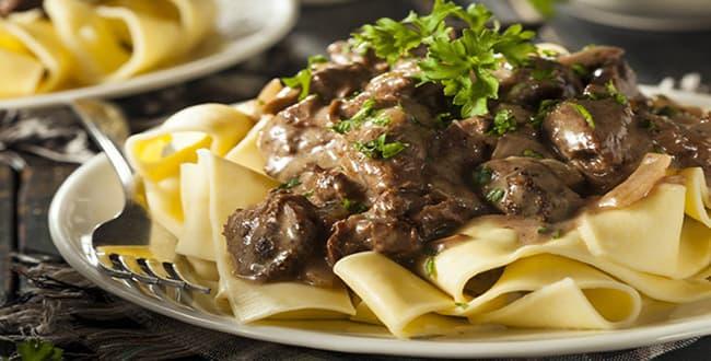 Бефстроганов из говядины в мультиварке 🥝 как готовить мясо по строгановскии