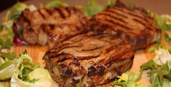 Пошаговый рецепт приготовления бифштекса из свинины