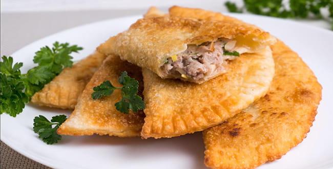 Чебуреки домашние с мясом — 3 рецепта удачного теста