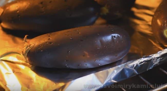 Баклажаны, фаршированные морковью и рисом, готовятся достаточно быстро.