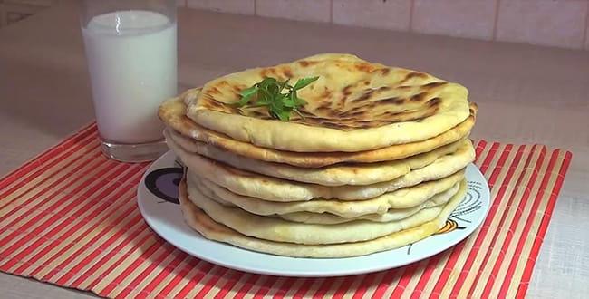 Пошаговый рецепт хачапури по-тбилисски с сыром на сковороде