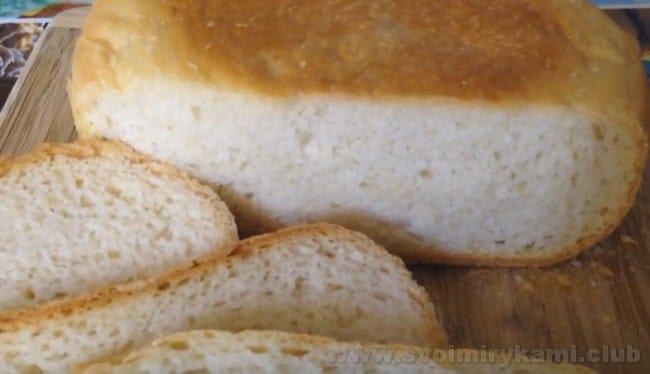 Надеемся, вам пригодится наш быстрый рецепт белого хлеба в мультиварке.