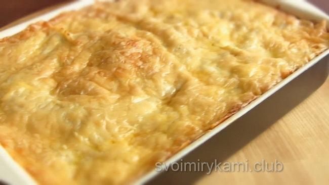 Вот и готова вкусная лазанья с фаршем по классическому рецепту.