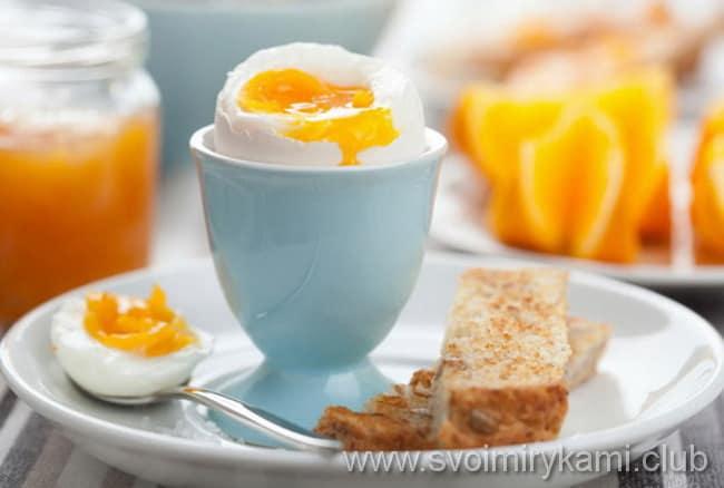 Вот как надо приготовить яйца в мешочек