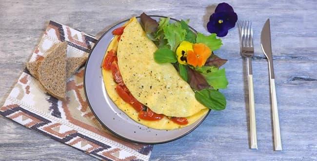 Пошаговый рецепт приготовления омлета с помидорами