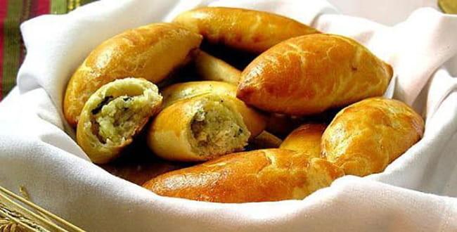 Пошаговый рецепт приготовления пирожков с картошкой в духовке