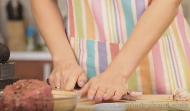 Приготовить вкуснейший маринованный ростбиф из говядины вам поможет наш простой рецепт с фото.