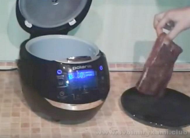 Этот рецепт с фото поможет вам приготовить маринованный ростбиф из говядины в мультиварке.