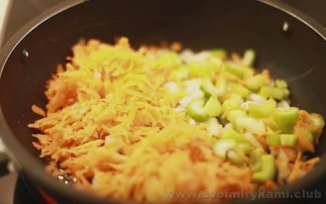 Этот рецепт соуса болоньезе подходит для консервации на зиму.