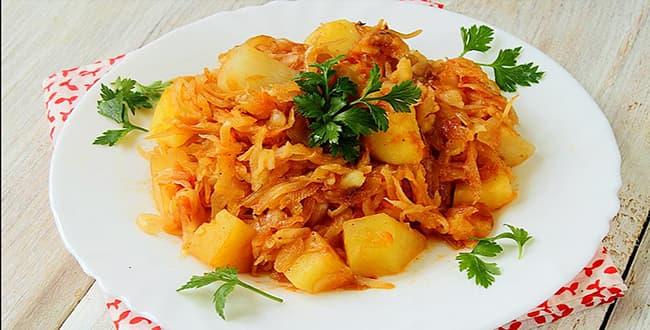 Пошаговый рецепт приготовления тушеной капусты с картошкой